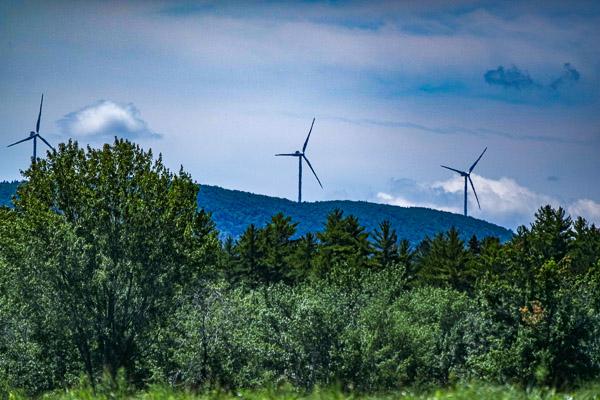 Passadumkeag wind turbine image 160616